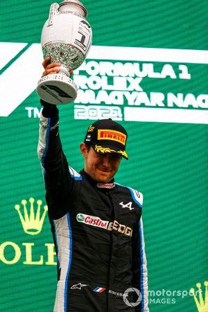 Esteban Ocon, Alpine F1, 1st position, with his trophy