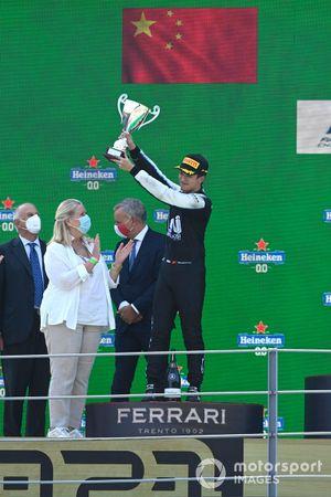 2nd Guanyu Zhou, Uni-Virtuosi Racing