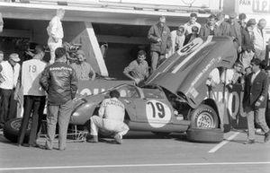 Willy Mairesse, Herbert Muller, Scuderia Filipinetti, Ferrari 365 P2/P3