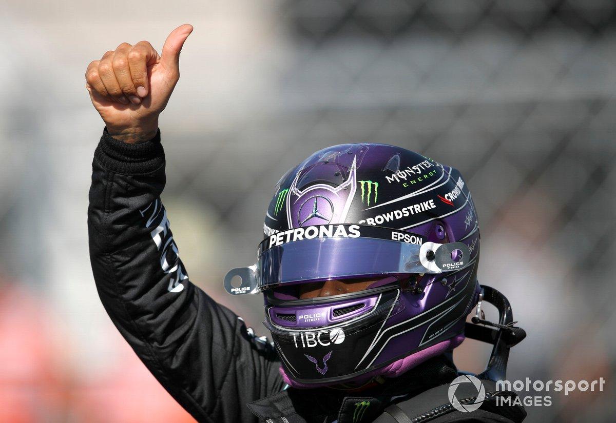 Ganador de la pole, Lewis Hamilton, de Mercedes