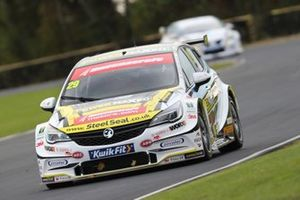 Jac Constable, Power Maxed Racing Vauxhall Astra