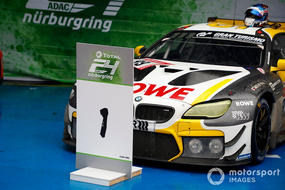 Podio: il vincitore della gara #99 Rowe Racing BMW M6 GT3: Alexander Sims, Nicky Catsburg, Nick Yelloly