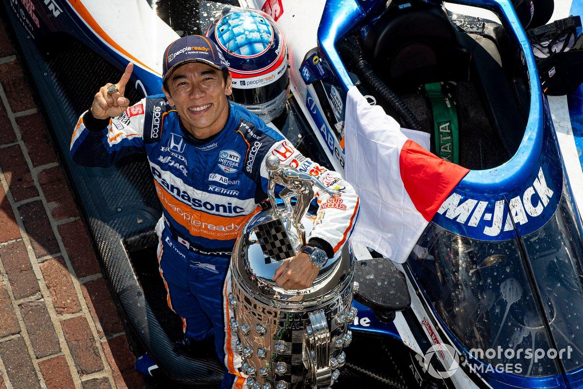 Takuma Sato, Rahal Letterman Lanigan Racing Honda Winner Portraits