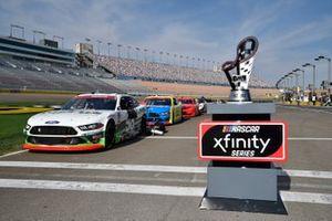 Trofeo del Campeonato Xfinty Las Vegas Motorspeedway Chase Briscoe, Stewart-Haas Racing, Ford Mustang FIELDS