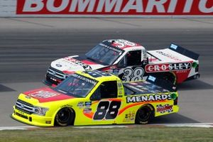 Matt Crafton, ThorSport Racing, Ford F-150 Slim Jim/Menards and Todd Gilliland, Front Row Motorsports, Ford F-150 Crosley Brands