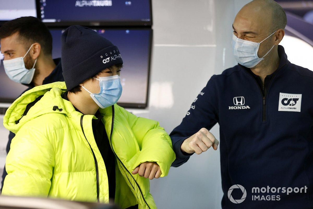 Yuki Tsunoda, Honda Formula Dream Project salue un ingénieur