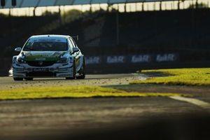 Jade Edwards, Power Maxed Racing Vauxhall Astra