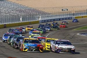 #11: Denny Hamlin, Joe Gibbs Racing, Toyota Camry FedEx Office, #18: Kyle Busch, Joe Gibbs Racing, Toyota Camry M&M's