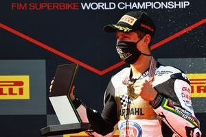 Andrea Locatelli, BARDAHL Evan Bros. WorldSSP Team with World Championship trophy