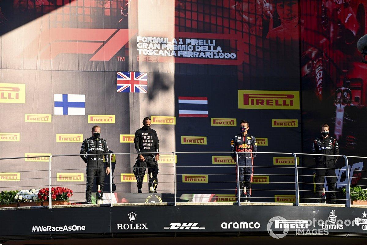 Toscane - Podium : Lewis Hamilton, Valtteri Bottas, Alex Albon