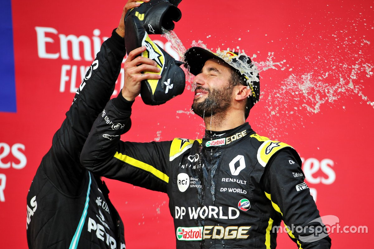 Podio: tercer lugar Daniel Ricciardo, Renault F1 Team