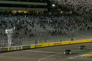 John Hunter Nemechek, Kyle Busch Motorsports, Toyota Tundra taking the checker flag