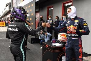 Max Verstappen, Red Bull Racing, congratulates pole man Lewis Hamilton, Mercedes, in Parc Ferme