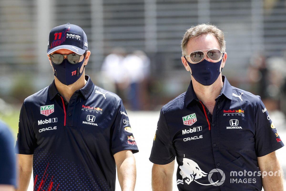 Sergio Pérez, Red Bull Racing y Christian Horner, Team Principal, Red Bull Racing