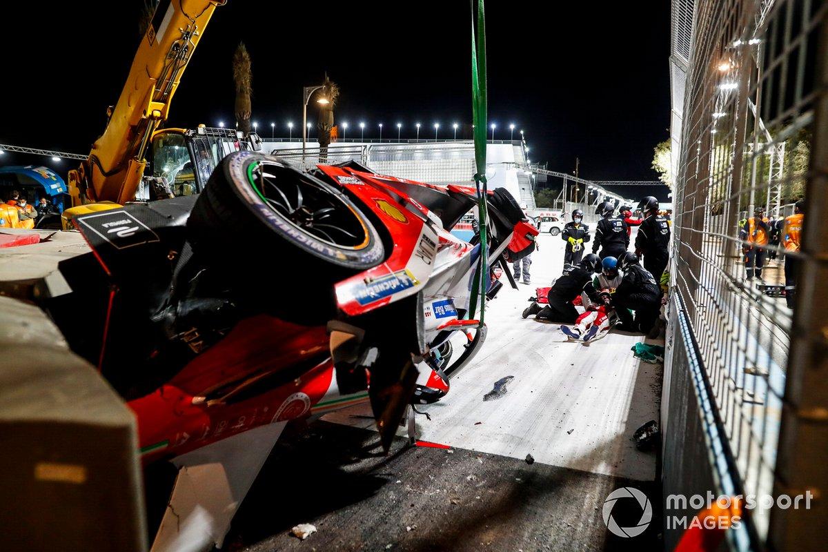 El accidente de Alex Lynn, Mahindra Racing, M7Electro