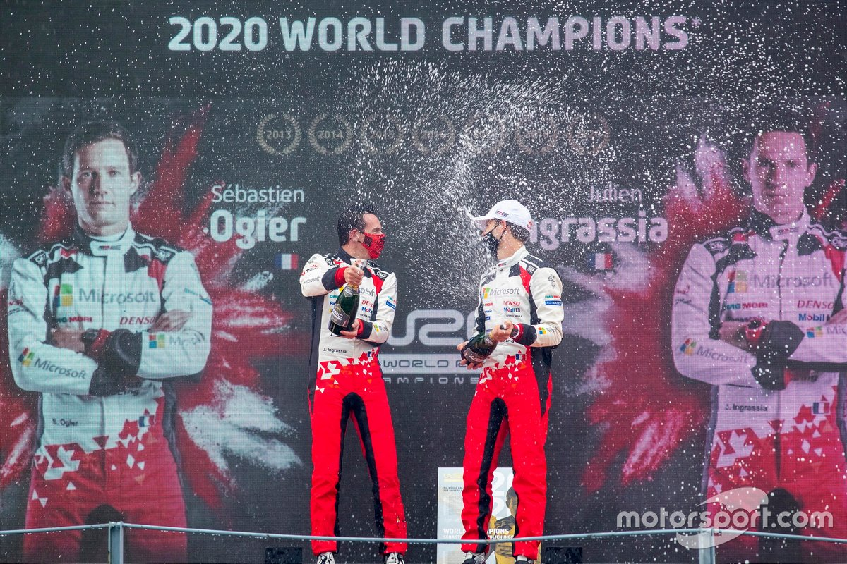 Podio: Sébastien Ogier, Julien Ingrassia, Toyota Gazoo Racing WRT Toyota Yaris WRC