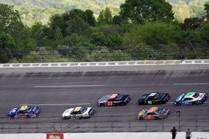 Jeb Burton, Kaulig Racing, Chevrolet Camaro LS Tractors and A.J. Allmendinger, Kaulig Racing, Chevrolet Camaro Hyperice