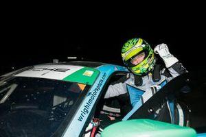 #16 Wright Motorsports Porsche 911 GT3 R, GTD: Patrick Long