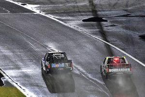 John Hunter Nemechek, Kyle Busch Motorsports, Toyota Tundra Mobil 1 and Ben Rhodes, ThorSport Racing, Toyota Tundra Bombardier LearJet 75