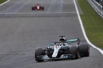 Lewis Hamilton, Mercedes AMG F1 W09, leads Sebastian Vettel, Ferrari SF71H