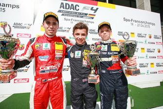 Podium: Race winner Lando Norris, Mücke Motorsport, second place Joey Lawson, Van Amersfoort Racing, third place Robert Shwartzman, kfzteile24 Mücke Motorsport