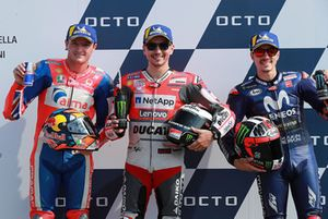 Le poleman Jorge Lorenzo, Ducati Team, le deuxième, Jack Miller, Pramac Racing, le troisième, Maverick Viñales, Yamaha Factory Racing