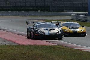 #3 Ferrari 488-GT3, Easy Race: Fontana-Mancinelli e #23 Lamborghini Huracan-GT3, Petri Corse Motorsport: Palma-Barri