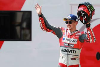 Podio: il secondo classificato Jorge Lorenzo, Ducati Team
