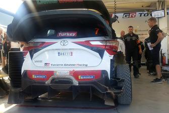El coche de Jari-Matti Latvala, Miikka Anttila, Toyota Gazoo Racing WRT Toyota Yaris WRC