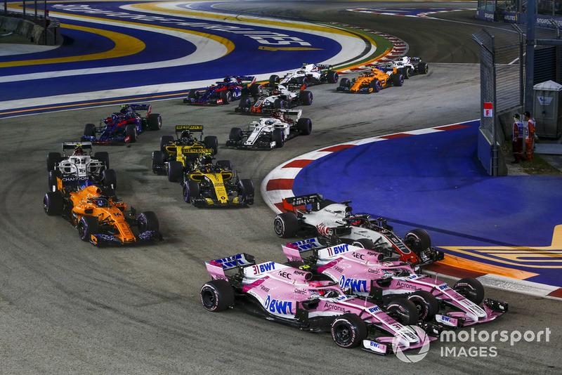 Mas a boa fase voltou a ter seus contratempos. Pérez e Ocon bateram no começo do GP de Singapura, e, no fim, ambos zeraram.