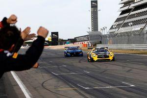 Los campeones: #88 Akka ASP Team Mercedes-AMG GT3: Raffaele Marciello, Michael Meadows