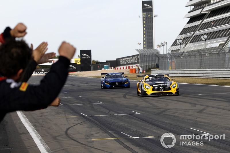 Yarış galibi #88 Akka ASP Team Mercedes-AMG GT3: Raffaele Marciello, Michael Meadows