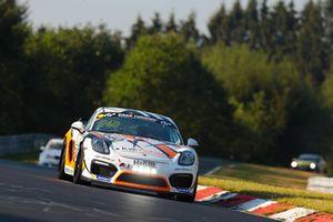 #940 Porsche Cayman GT4 CS: 'Max', 'Jens'