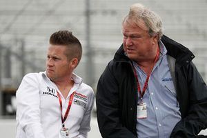 Dale Coyne gets his hair styling inspiration from James