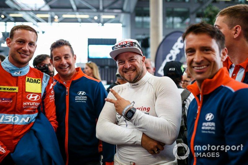 #170 Hyundai i30 N TCR, Hyundai Motorsport N: Andreas Guelden