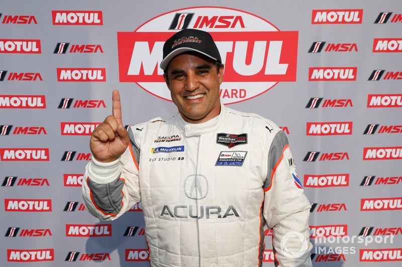 Il vincitore del pole Award #6 Acura Team Penske Acura DPi, DPi: Juan Pablo Montoya