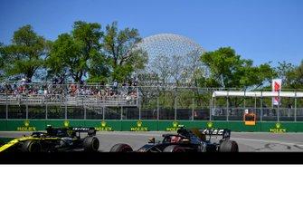 Кевин Магнуссен, Haas F1 Team VF-19, и Нико Хюлькенберг, Renault F1 Team R.S.19