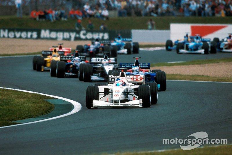 Rubens Barrichello, Stewart Ford SF-3 lidera o GP da França