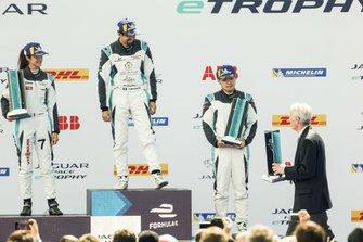 Podyum: Yarış galibi Ahmed Bin Khanen, Saudi Racing