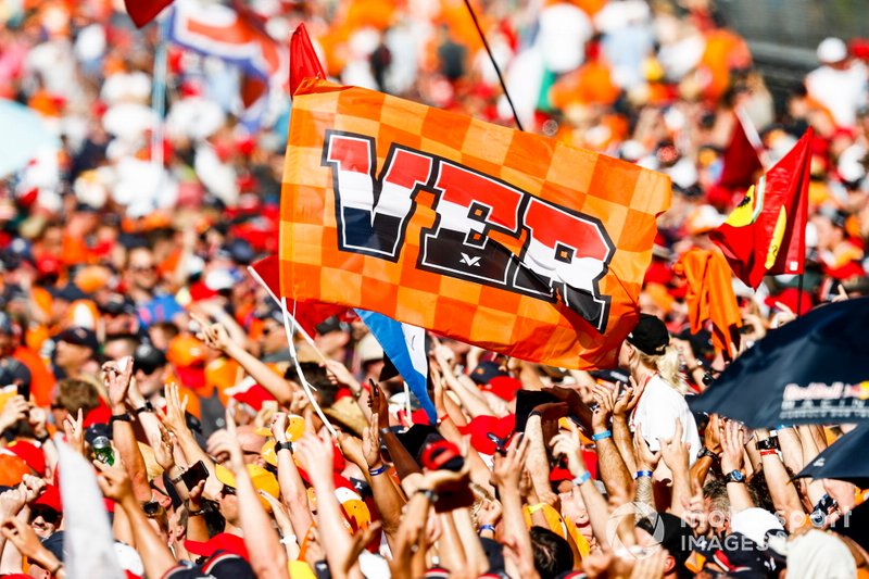 Huge crowd support for Max Verstappen, Red Bull Racing
