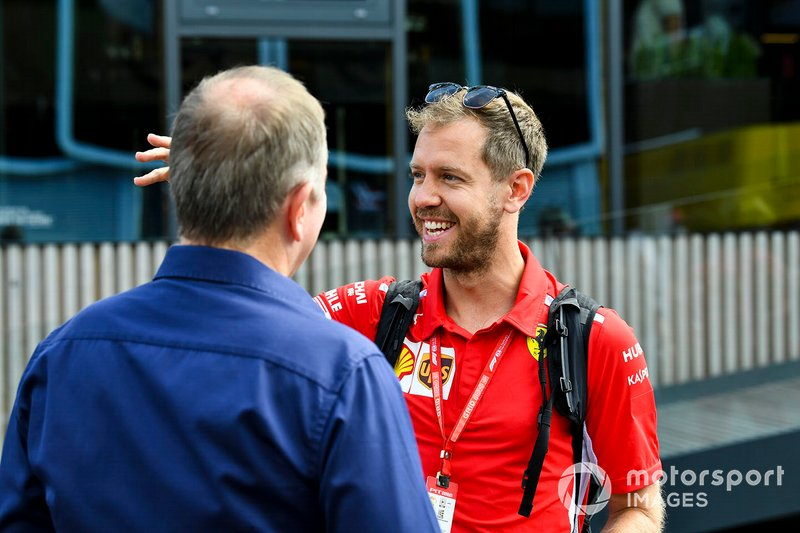 Sebastian Vettel, Ferrari y Martin Brundle, Sky TV
