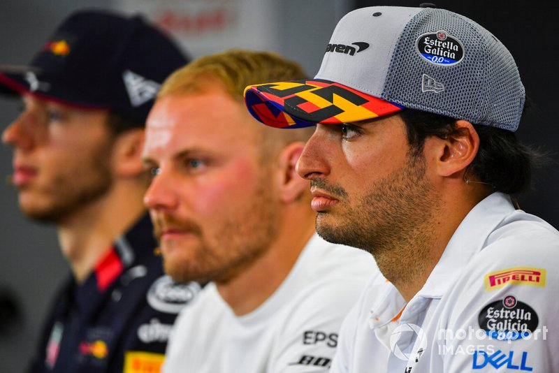 Carlos Sainz Jr., McLaren, Valtteri Bottas, Mercedes AMG F1 and Pierre Gasly, Red Bull Racing in Press Conference