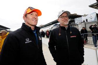 Scott Dixon, Chip Ganassi Racing Honda with HPD President Ted Klaus