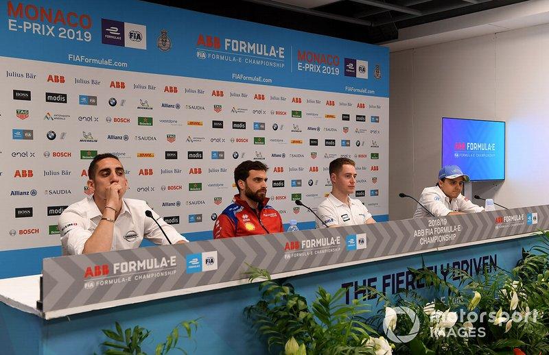 Sébastien Buemi, Nissan e.Dams, Jérôme d'Ambrosio, Mahindra Racing, Stoffel Vandoorne, HWA Racelab, Felipe Massa, Venturi Formula E, lors d'une conférence de presse