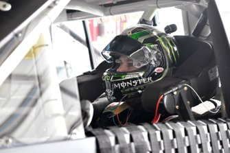 Riley Herbst, Kyle Busch Motorsports, Toyota Tundra Monster Energy/Advance Auto Parts