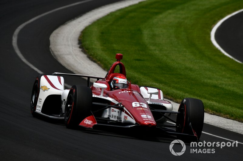 4º: #63 Ed Jones, Ed Carpenter Racing Scuderia Corsa, Ed Carpenter Racing Chevrolet: 229.666 mph