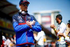 Daniil Kvyat, Toro Rosso, en el desfile