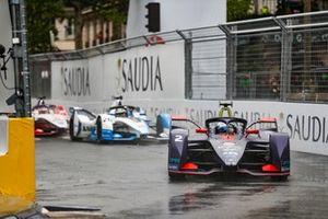 Sam Bird, Envision Virgin Racing, Audi e-tron FE05, Antonio Felix da Costa, BMW I Andretti Motorsports, BMW iFE.18