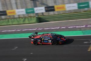 Lamborghini Huracan Super Trofeo Evo #72, Antonelli Motorsport: Kikko Galbiati, Joffrey De Narda