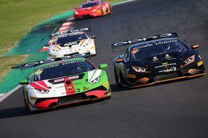 #268 Gama Racing: Evan Chen, Akihiro Asai, #263 FFF Racing Team: Artur Janosz, Andrea Amici